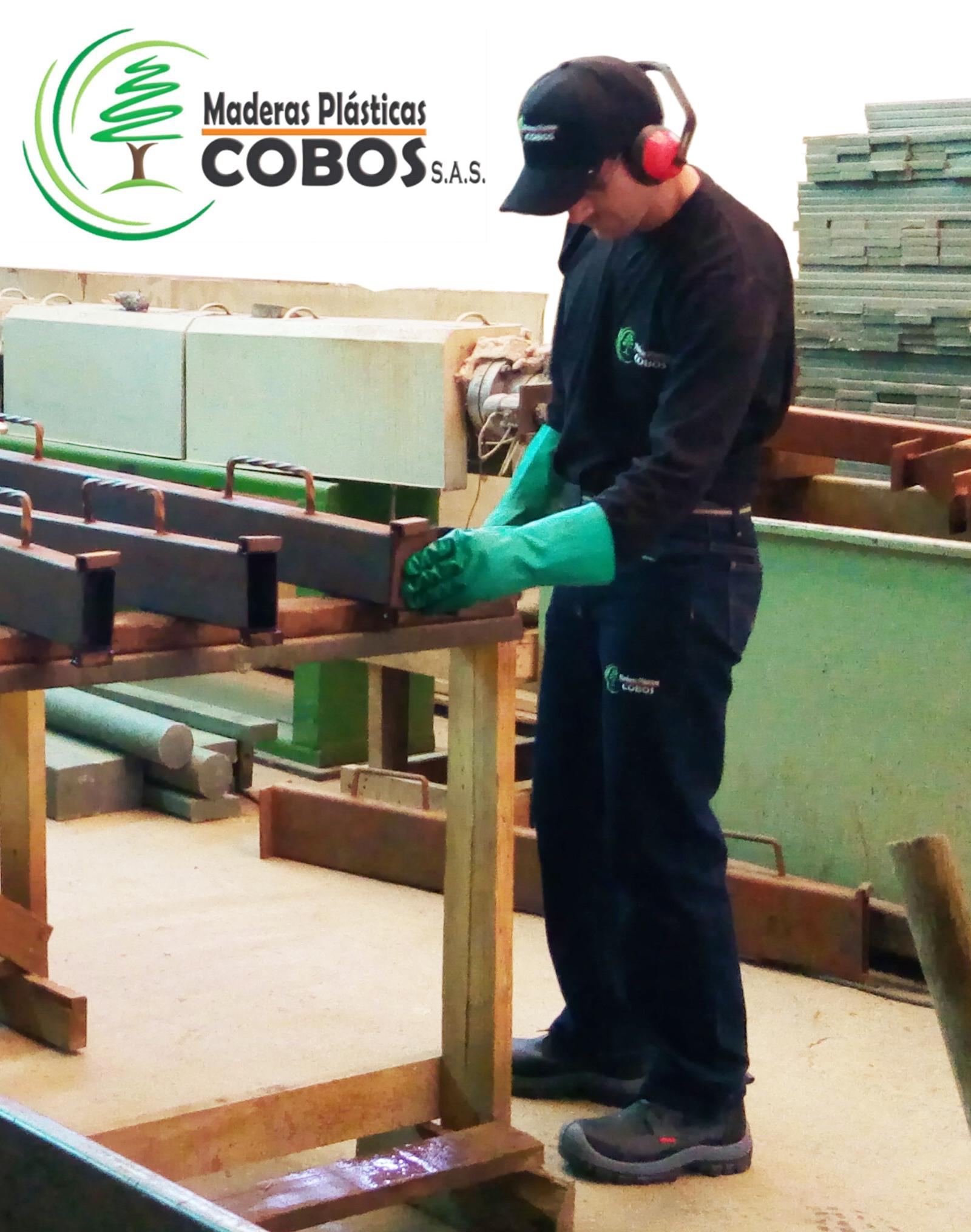 quienes somos maderas plasticas cobos soacha colombia